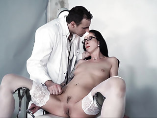 Extreme BDSM session upon a perverted doctor