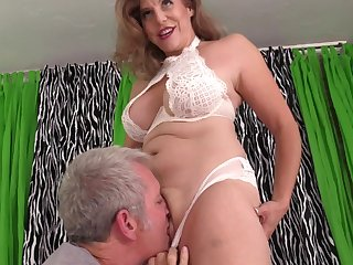 Mature with fat tits, insane porn scenes on set