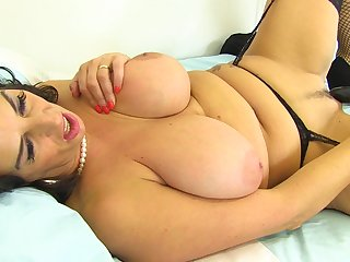 Mega sized boobs and a dildo deep inside the pussy be advisable for Lulu
