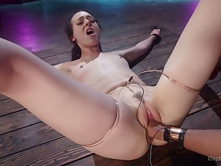 Some wild electro make public masturbation is what dirty Daisy Ducati needs