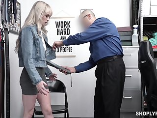 Guilty blonde comprehensive Lilly Bell strips before cop together with gets poked missionary
