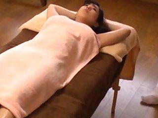 Japanese oil palpate orgasm big bosom